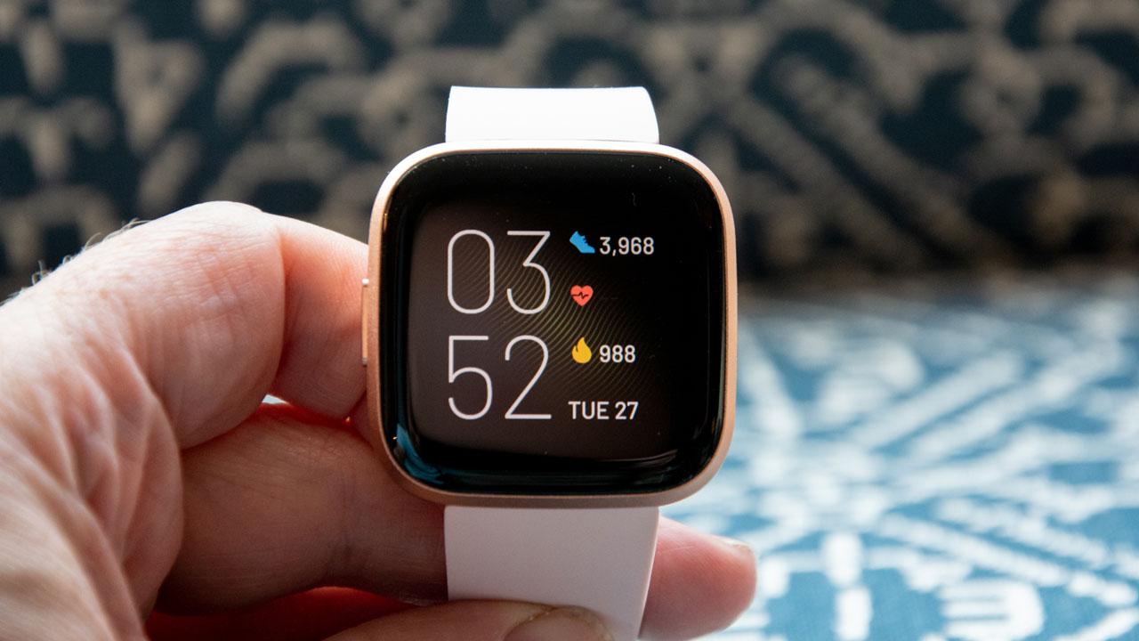 Fitbit ra mắt smartwatch Versa 2: Phương án thay thế Apple Watch với mức giá hợp lí hơn, chỉ 199 USD