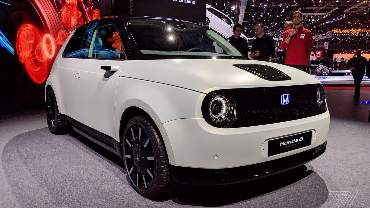 Honda tiết lộ giá bán của Honda E, chiếc xe hơi chạy điện hoàn toàn đầu tiên của hãng