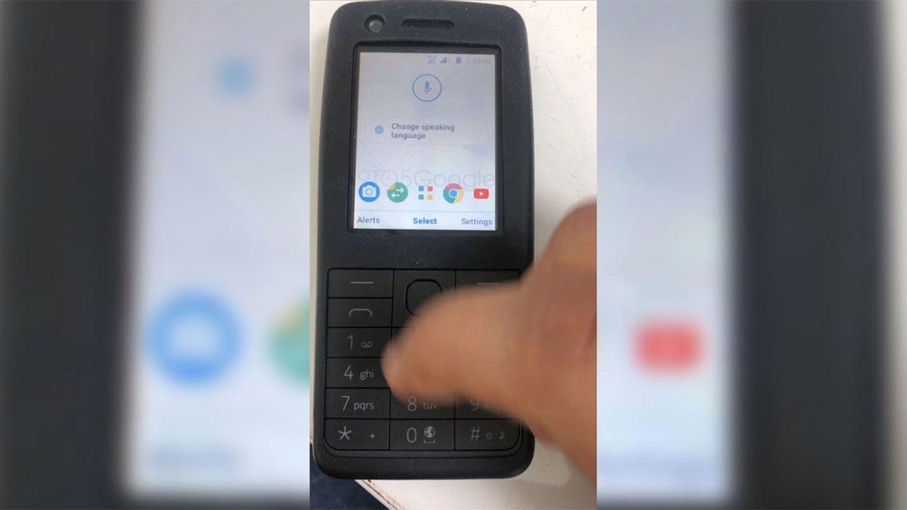 Video một chiếc feature phone của Nokia đang chạy hệ điều hành Android