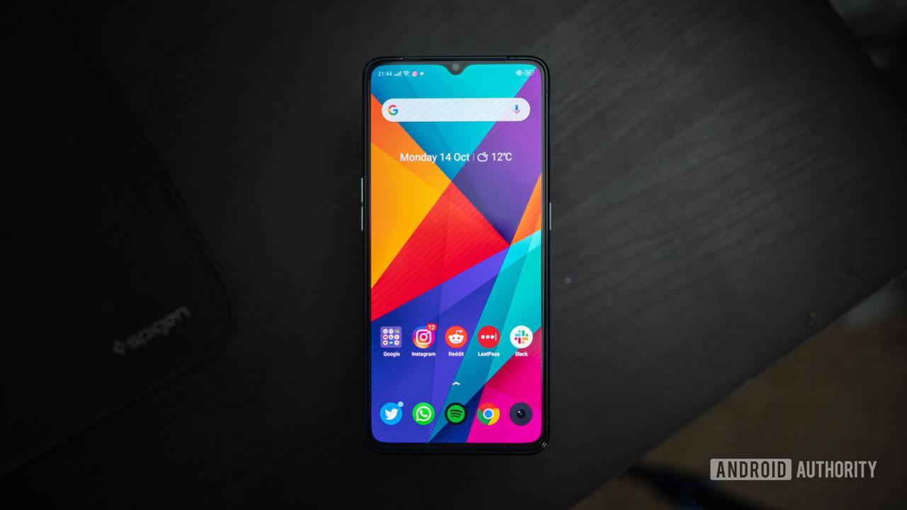 Rò rỉ điểm số AnTuTu cao kỷ lục của chiếc smartphone Realme bí ẩn với chip Snapdragon 865