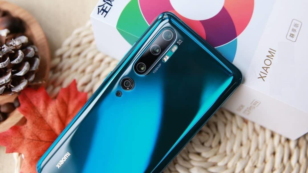Xiaomi Mi 10 lộ thiết kế thông qua poster quảng cáo