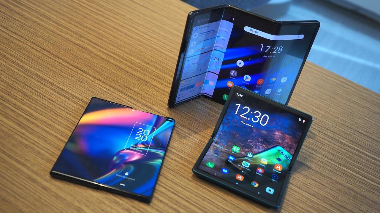 TCL trình làng concept điện thoại màn hình cuộn đầu tiên trên thế giới và một thiết bị màn hình gập làm 3