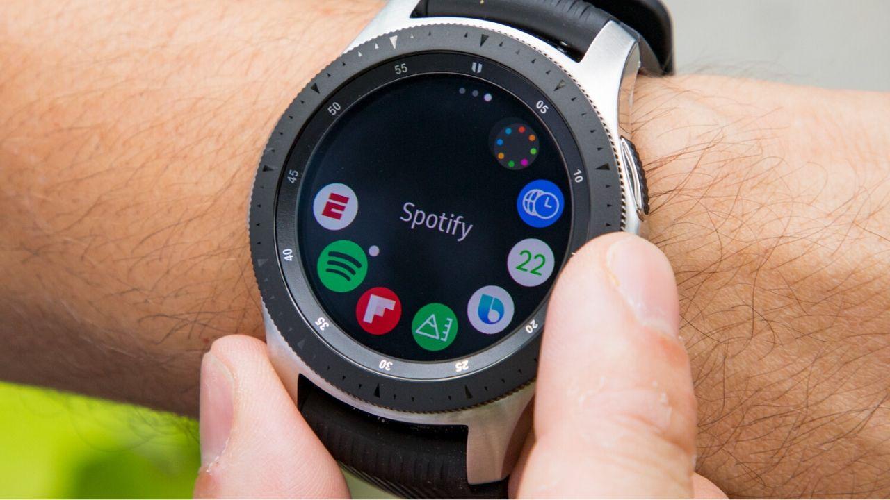 Samsung sẽ mang vòng Bezel vật lý quay trở lại trên các thế hệ Galaxy Watch tiếp theo