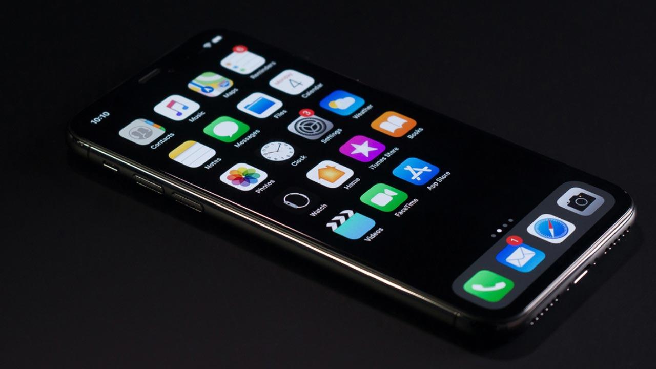 iPhone 13 có thể sẽ được trang bị màn hình LTPO giống Galaxy Note20 Ultra, tần số tự động điều chỉnh từ 1Hz đến 120Hz