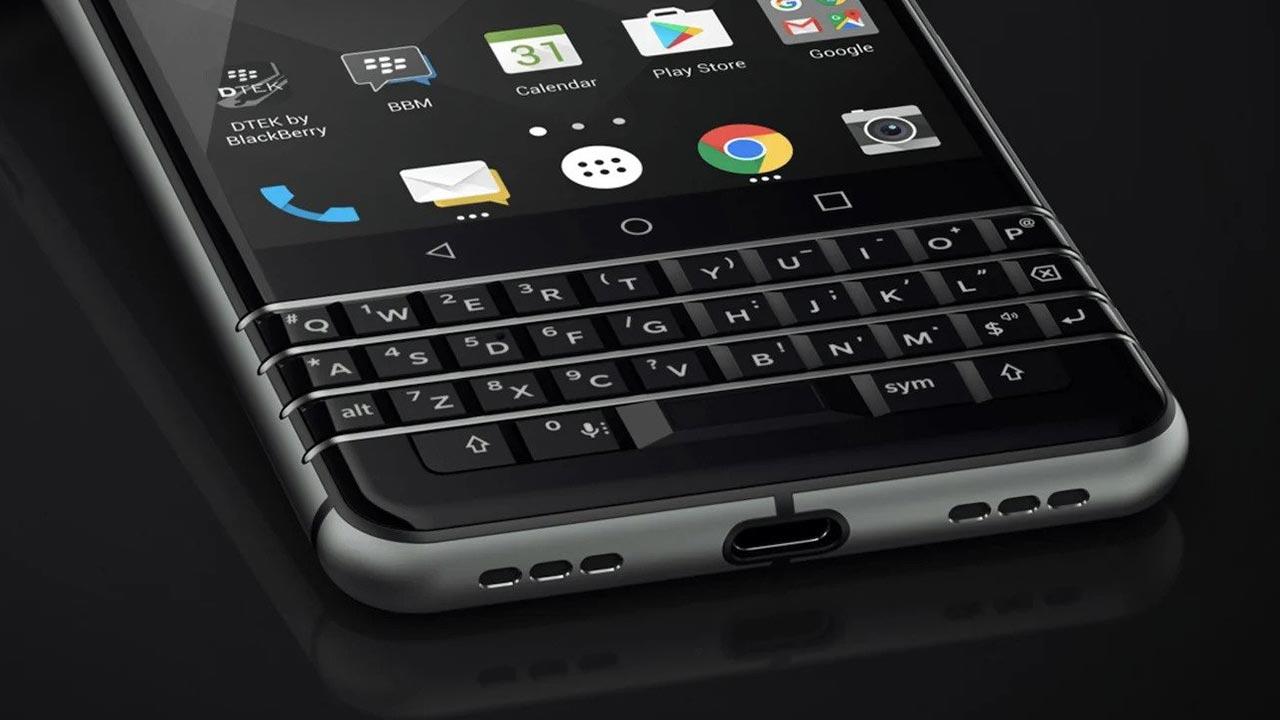 Smartphone mang thương hiệu BlackBerry với bàn phím vật lý và 5G sẽ trở lại vào năm 2021