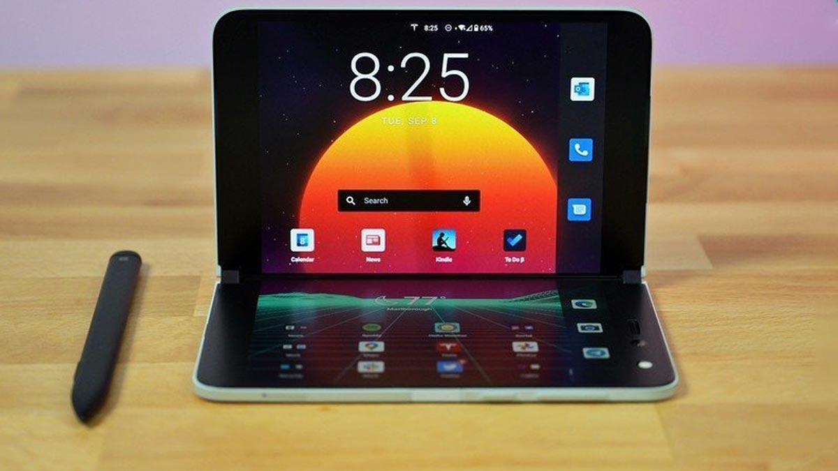 Giá tới cả ngàn đô nhưng Surface Duo liên tục gặp lỗi, lần này là lỗi thiết kế khiến việc đóng mở gặp khó khăn