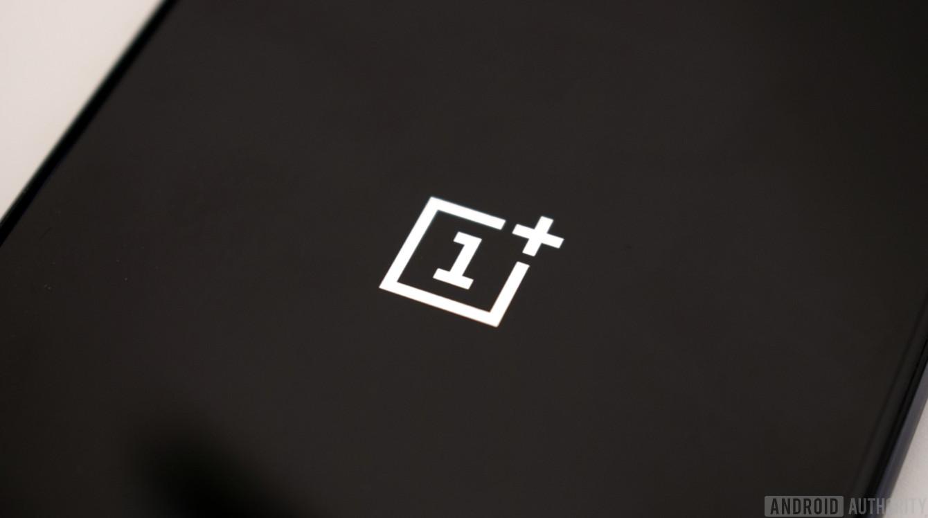 OnePlus 9 lộ ảnh render với cụm camera mới, ra mắt vào tháng 3 năm sau