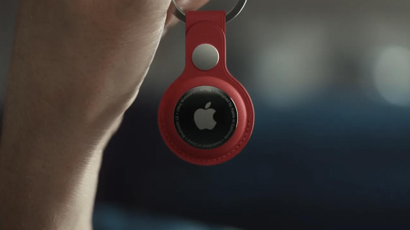 Apple chính thức ra mắt AirTag, phụ kiện theo giỏi đồ vật tương tự Galaxy SmartTag, giá 29 USD
